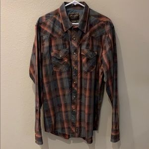 WRANGLER SNAP BUTTON DOWN SHIRT